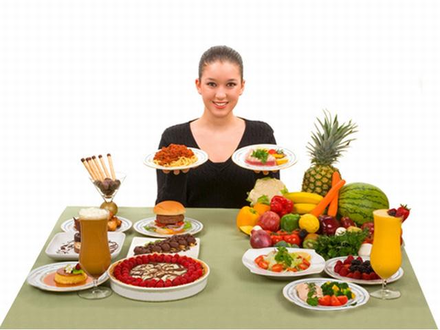 Nên thực hiện chế độ ăn kiêng để giúp quá trình giảm cân tốt hơn